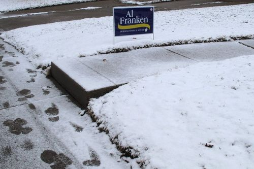 08 Franken sign in snow