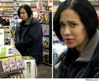 0212_octomom_shopping_inf_photo