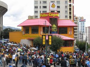 927238-Pollos-Copacabana--the-McDonald-s-of-Bolivia-0
