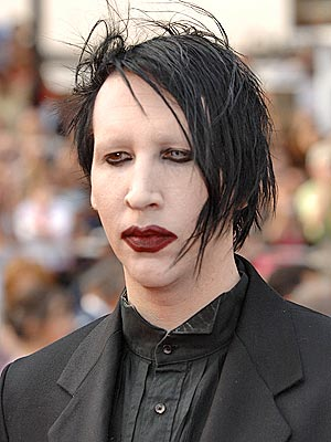 marilyn manson no makeup 2010. Marilyn manson without makeup