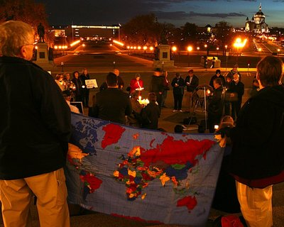 Vigil_for_iraq_war_01_1